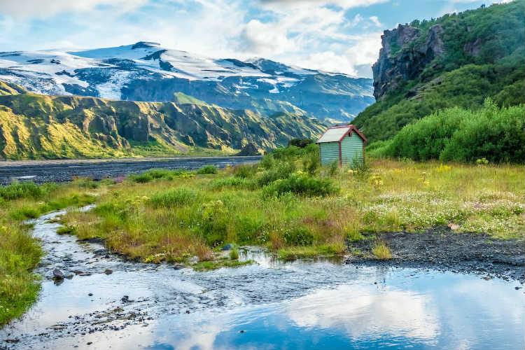 1-7-deystvuyushchikh-vulkanov-v-islandii