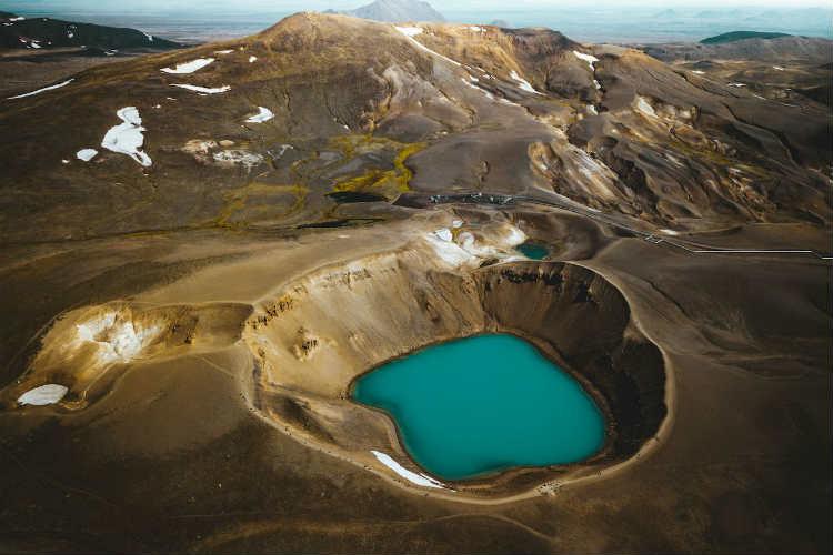 7-7-deystvuyushchikh-vulkanov-v-islandii
